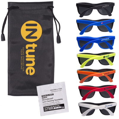 Matte Sunglasses & Lens Cleaning Wipes in a Pouch